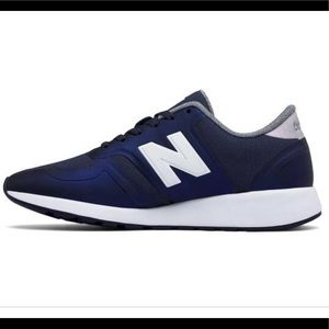 New Balance 420 Navy & White Sneakers